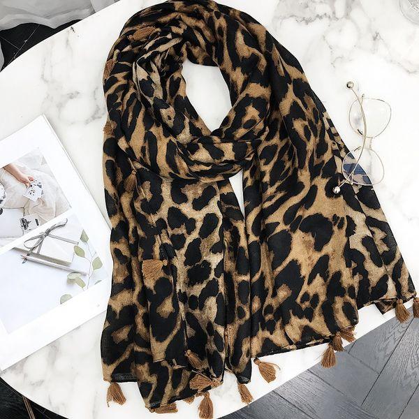 2018 New Design Leopard Dot Tassel Viscose Shawl Scarf Print High Quality Neckerchief Autumn Winter Foulards Muslim Hijab Sjaal