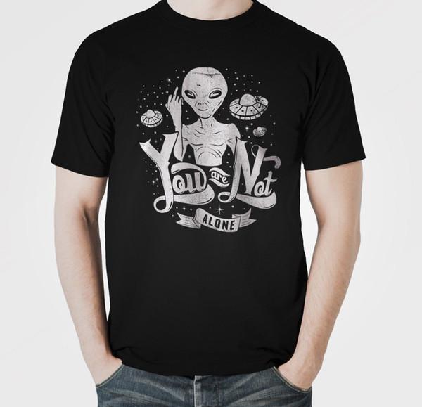 Вы не одиноки смешные мужчины печатных футболку-шутка GiftFunny бесплатная доставка мужская повседневная футболка