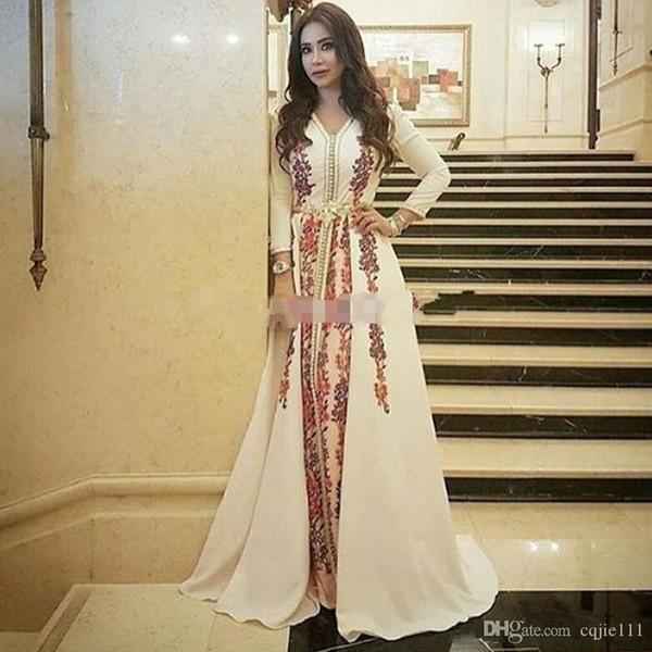 2019 New Evening Dresses Caftan Kaftan Amazing Embroidery V-neck Occasion Prom Formal Gown Dubai Abaya Arabic Long Sleeve Prom Dresses