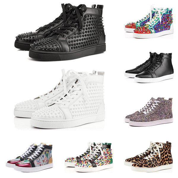 2019 Diseñador de moda Red Bottoms shoes Studded Spikes zapatillas de deporte planas para hombres mujeres glitter Party Lovers de cuero genuino remache informal