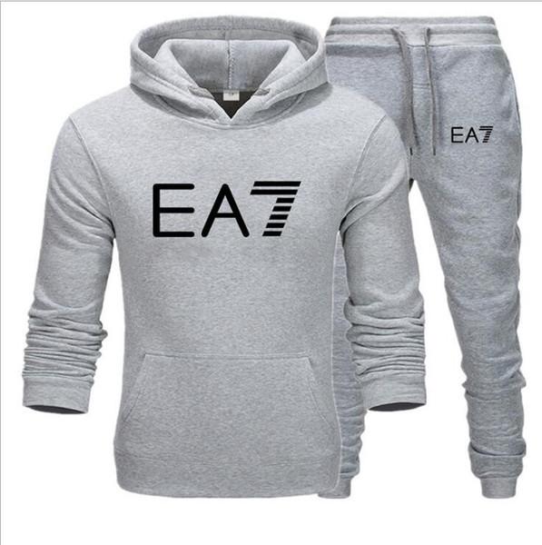 Novos homens treino Hoodies terno de lã quente camisola + Pants Set Marca de impressão Homme Lazer aptidão que movimentam-suit