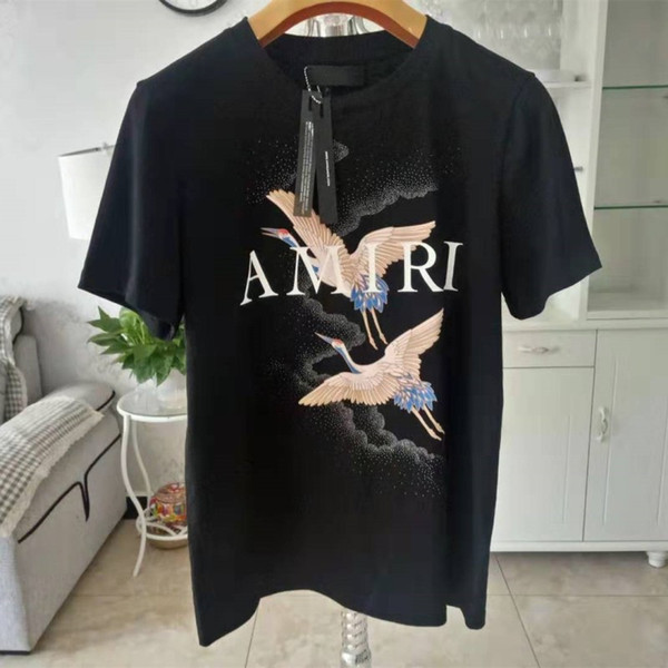 2019 del progettista del Mens maglietta di modo del progettista di marca degli uomini magliette nere delle donne top a manica corta casuale Tees AMI01