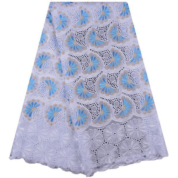 Merletto svizzero del voile in Svizzera Tessuto di pizzo africano blu e bianco 2019 ultimo ricamo tessuto di pizzo floreale con pietre A1296