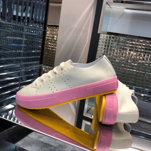 hot 2019 Canvas shoes factory price preferential price!Women's espadrilles, classic espadrilles in transparent style