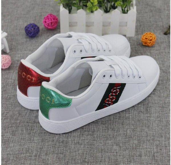 2019 Marka Erkek Kadın Rahat Ayakkabılar Yaz yeni deri beyaz ayakkabı kadın antik yılan nakış ayakkabı Kore spor ve eğlence