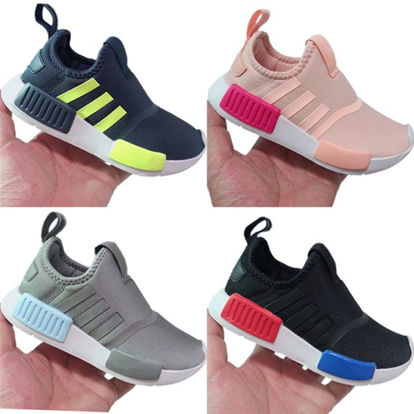 2019 Kids R1 Stretch Knit Breathable Running Shoes Originals R1 Kids Buffer Foam Slip_on Jogger Shoes
