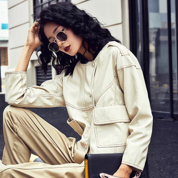 2019 Nueva otoño mujeres sueltan sintética suave cuero de la PU las chaquetas de señora Free Motorcycel motorista Bawing manga Streetwear Beige Y190920