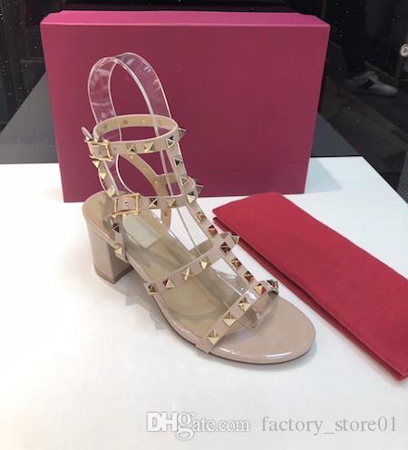 Sexy Femmes Talons Cataclou Goujons Wedge plate Sandales Mode pour dames Sandales compensées Cataclou Spikes Rivets Chaussures cloutées