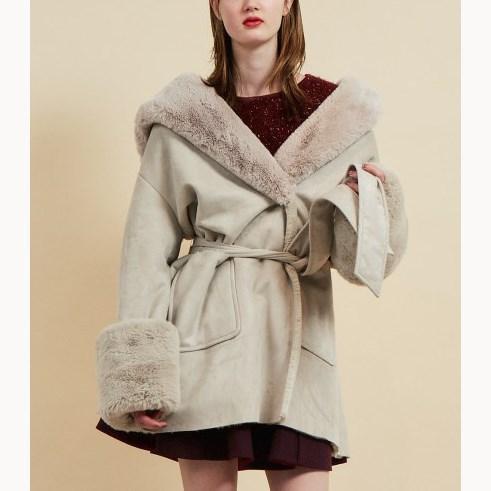 Women Jackets Elegant Wool Blends Coat Ladies Pocket Belt Blends Coat Fashion Streetwear Solid Big Fur Collar
