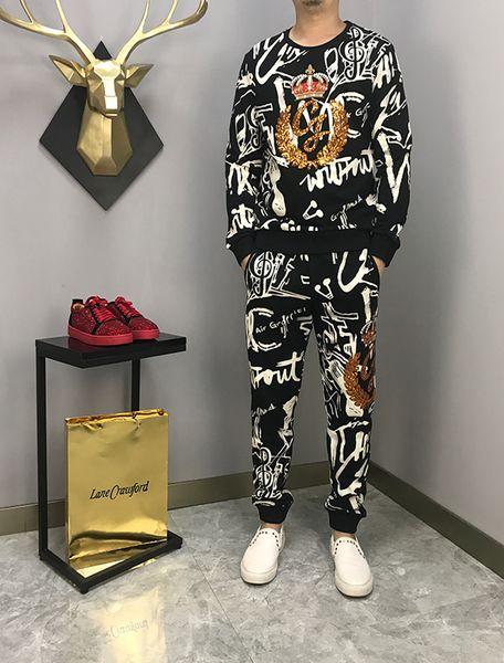 Lüks Eşofman 2019 Yeni Erkek Tasarımcı Eşofman Nakış Hoodie + Pantolon Rahat Kazak Taç nakış Spor Ter Takım Elbise Artı ...