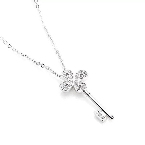 silver necklace girl clavicle clover key silver ornaments jewelry pendant to send girlfriend birthday valentine's day gift