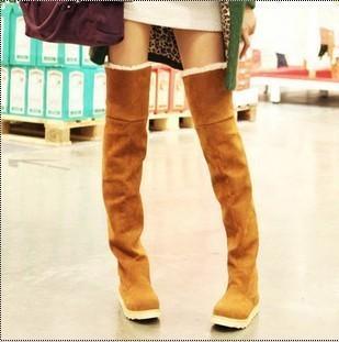 L'autunno e l'inverno stivali coreano femminile di alta piatta stivali con scarpe di cotone studente casuale ginocchio donne caldo di