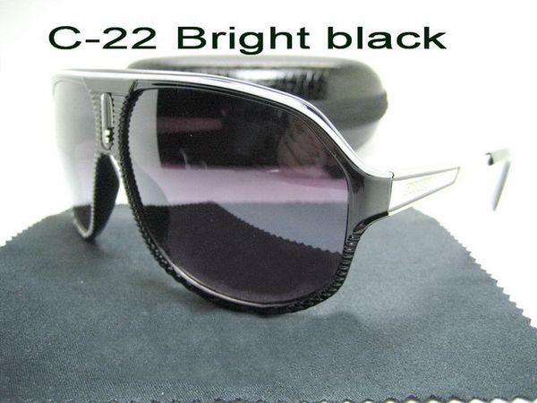C-22 noir brillant