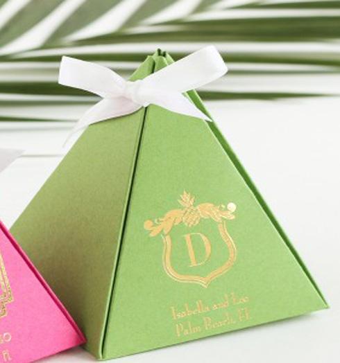 Светло-зеленый логотип-любовь сладкий