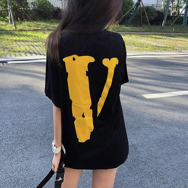 T-shirt di skateboard hip hop di marca di moda di strada americana per le donne in cotone di colore sciolto contrasto V bicchierini di stampa estate paio di tee