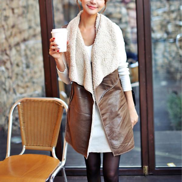 Frauen Lederjacken Schlank Herbst Winter Faux Lammwolle Weste Ärmellos Kunstpelz Weste Kapuze Outwear Braun Jacke 8L1070