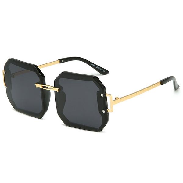 Women's brand designer sunglasses high quality polarized sunglasses large metal box men and women brand designer glasses UV400 lens glasses