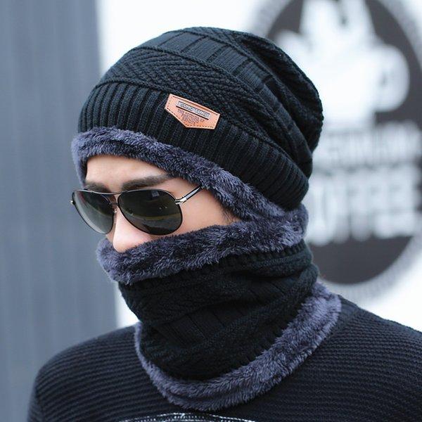 black (hat + Wei Bo)