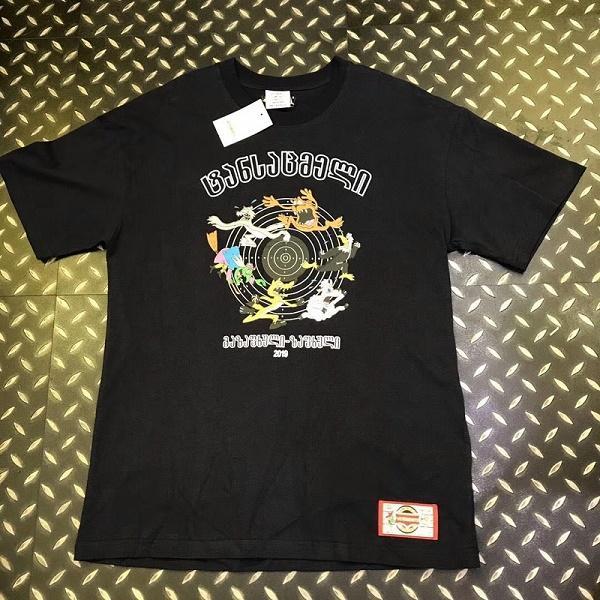 19SS Vetements Logo camiseta impresa de lujo de color sólido de manga corta de los hombres de las mujeres del verano ocasional Hip Hop monopatín camiseta envío gratis 888