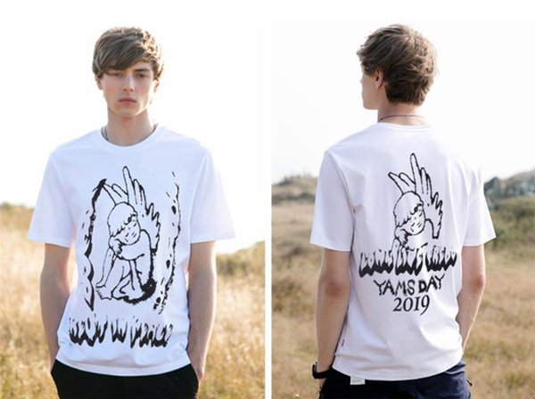 Travis Scott YAMS GIORNO Stampa del progettista del Mens magliette di Hiphop Rapper Angelo Mens parti superiori di estate manica corta da uomo Tees