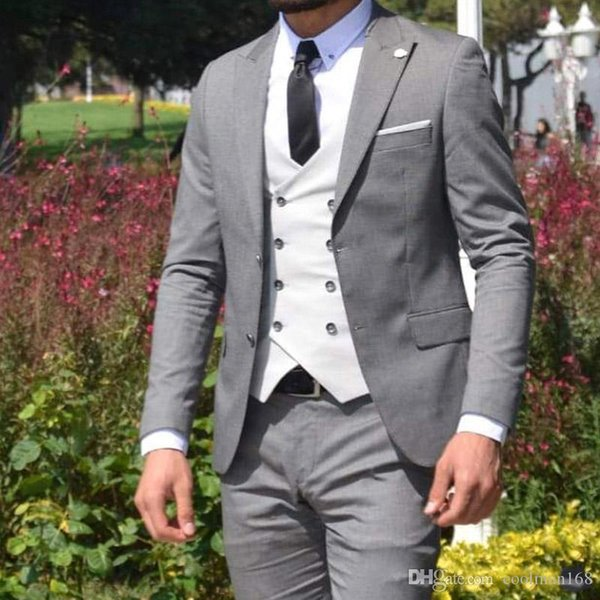 Brand New Light Grey Groom Tuxedos Peak Lapel Groomsmen Mens Wedding Dress Fashion Man Jacket Blazer 3 Piece Suit(Jacket+Pants+Vest+Tie) 771