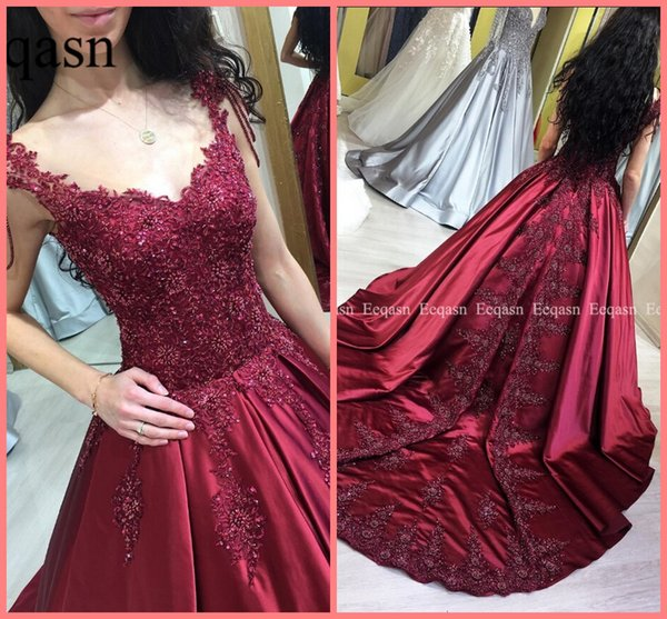 2019 Luxury appliques with pearls Burgundy Prom Dresses Long Sexy V Neck Lace Beading Saudi Arabic Satin Prom Gowns Formal party prom gowns