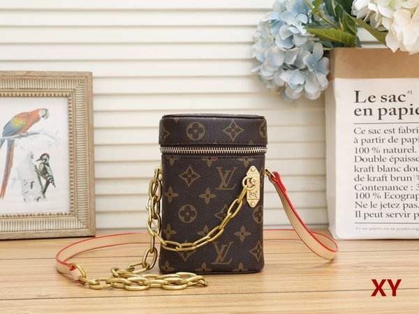 top popular HOT High-end quality arrival famous Brand Classic designer new fashion women or Men messenger bags cross body bag school bookbag should 7657 2020