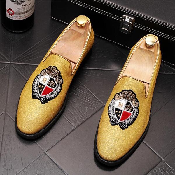 Mode Hommes charmant broderie couronne appartements Robe Monsieur gentleman Chaussures De Mariage De Soirée Retrouvailles Soirée Groom Chaussures De Bal P52