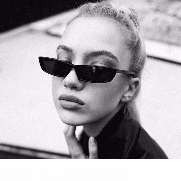EL Malus] Small Retro Square Thin Frame Sunglasses UV400