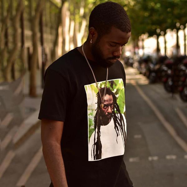 19SS Caixa Logo Buju Banton Tee Reggae Rapper Foto Impresso T-shirt de Verão Casual Hip Hop Manga Curta Rua Tee de Skate HFYMTX563