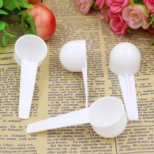 top popular 10ml 5g Measuring Plastic Scoop PP Measure Spoon Plastic Measuring Scoop 5g Measure Spoons Kitchen Tool LX7057 2021