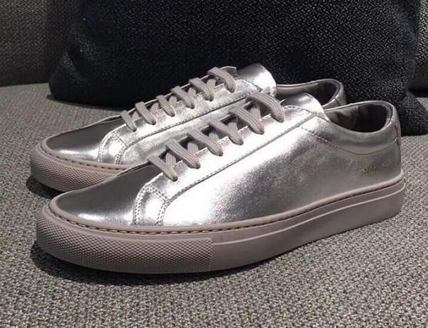 Nouvelle arrivée Common Projects de femmes Noir Blanc low top Chaussures Hommes Femmes En Cuir Véritable Unisexe Casual Chaussures Appartements Chaussure Femme Homme 5GF