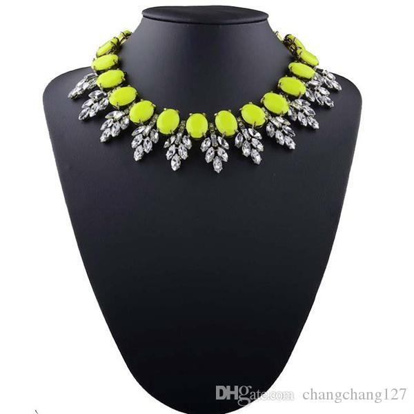 2019 new fashion jewelry for women big Semi-elliptical rhinestones statement necklace chunky chain crystal choker bib necklaces pendants
