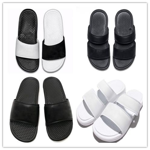 Benassi Yüksek Kalite Lüks Tasarımcı Kadın Erkek Yaz Kauçuk Sandalet Plaj Slayt Moda Scuffs Terlik Kapalı Açık Ayakkabı Boyutu EUR 36-45