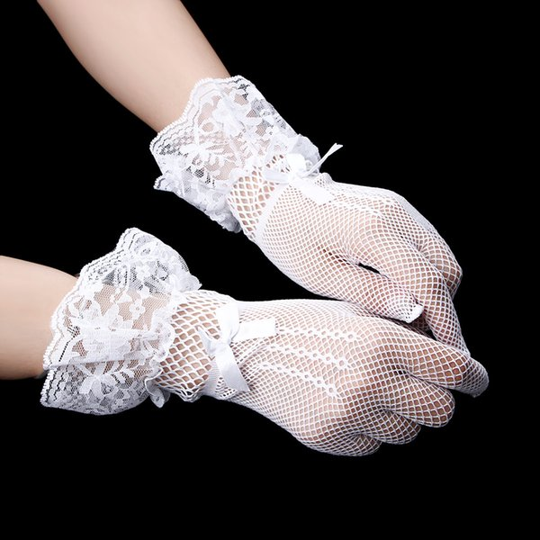 Nouveau 1 paire Femme Robe de soirée Accessoires Gants Fingered Jolis Couleur Blanc Noir Dentelle Résille Gants dentelle