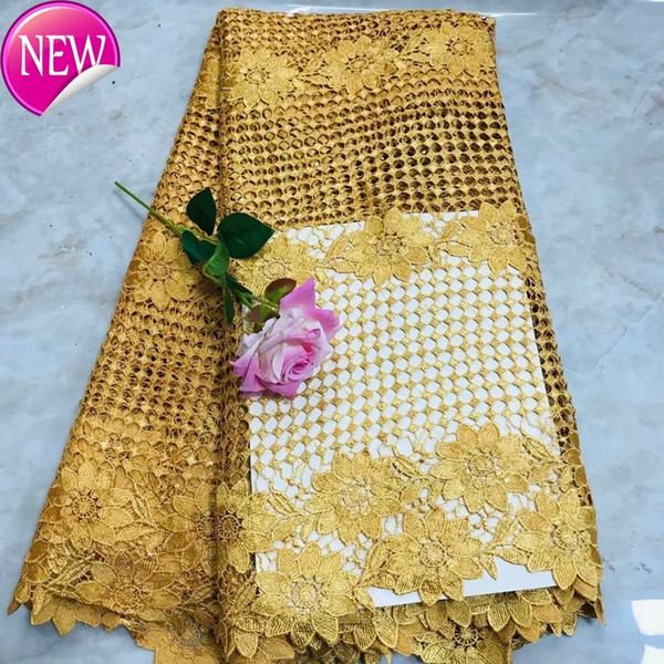(5yards/pc) Golden 2019 African Big Cord Lace Fabric Beautiful Water Soluble Lace For Making Dress Tzq75 TC