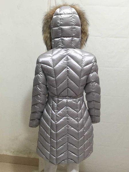 2019 Nueva marca de ropa de moda Mujer Chaqueta larga de invierno para mujer Abrigos femeninos delgados Espesar Parka Abrigo con capucha Parkas con capucha