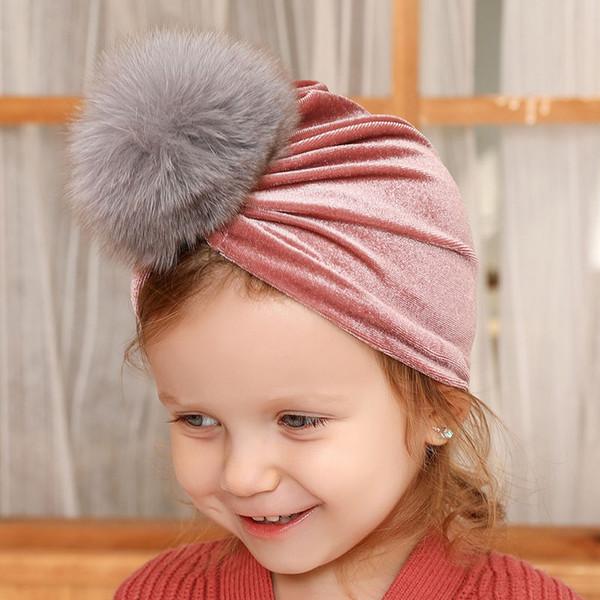 Bambino appena nato Cappelli invernali 8 di progettazione Solid Gold berretti di velluto infantile delle ragazze dei ragazzi Caps Turbante cappello ragazze Cap 1-3T 07