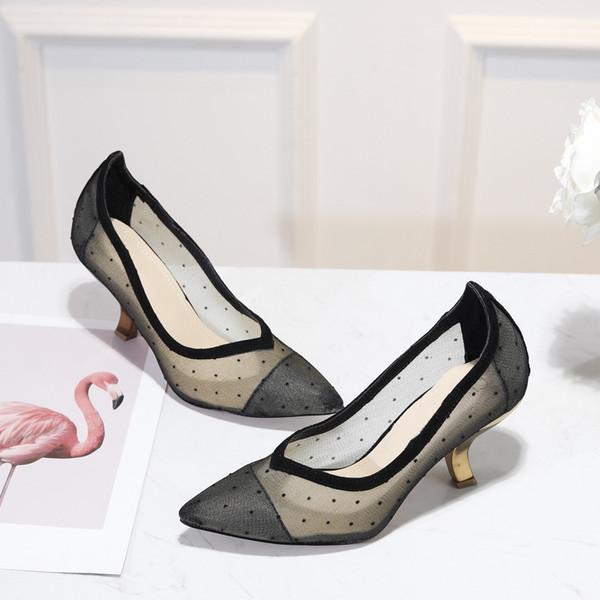 Lace Oco Out Flor Plataforma Bombas de Marca Designer de Sandálias Das Mulheres Sexy Sapatos de Salto Alto Das Senhoras elegante banquete sapato preto com caixa