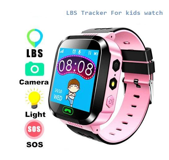de Kids Q528 Smart Watch d'enfants SOS Wristwatch Locator Tracker GSM Anti-perte Safe Smartwatch Protector pour les enfants sur iOS Android