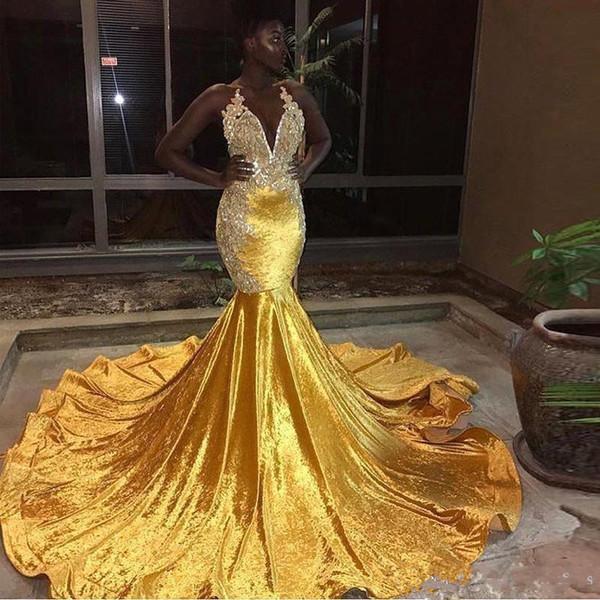 2019 Nuovo giallo velluto lungo sirena Prom Dresses Black Girls 'Halter Lace Appliques Backless Sweep Train Abiti da sera