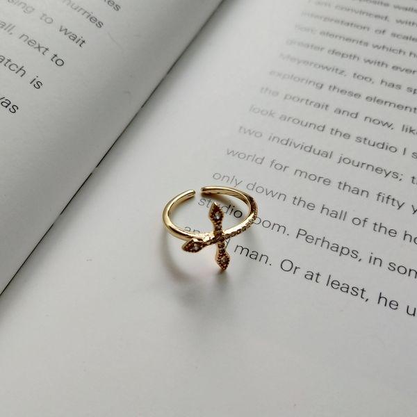крест кольцо