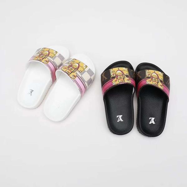 super pas cher magasins populaires soldes Acheter Garçon Maison Pantoufle Pour Enfant Noir Designer De Mode Sandales  Garçon Fille Noir Blanc Plage Sandale Pantoufle Chaussures Pour Enfant EU  ...