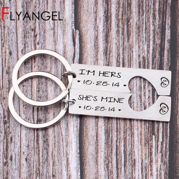 2 pcs Date Customized High Quality Laser Engraved I'm Hers She's Mine Lesbian Logo Key Chains Gifts To Couple Lover's Keyring