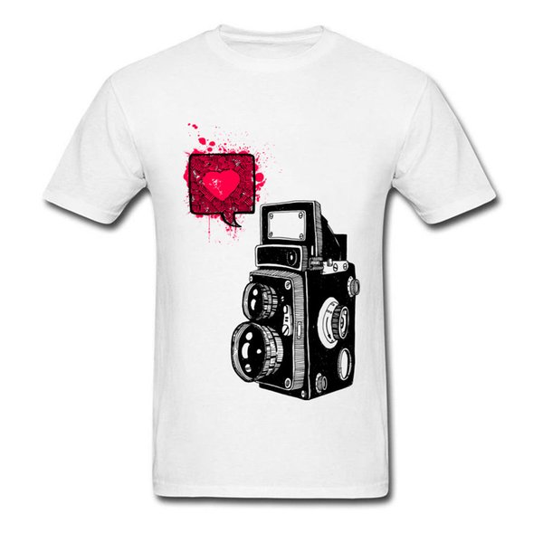 Photo Love T-shirt Men Vintage Tops Graphic Street Tees 2018 New Hip Hop Clothes Classic Camera Printed On Adult T Shirts