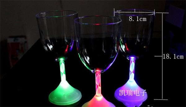 LED Rotwein Tasse Abend Party Bar Leuchtende Weingläser Batteriebetriebene Kreative Weihnachten Flash Tumbler Farbe Box Liefert 4 5cc A1