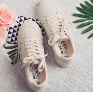 0731 A24 Date 2019SS Mode Hommes Femmes Chaussures blanches Chaussures de sport en cuir classiques pour Hommes Haute qualité chaussures plates