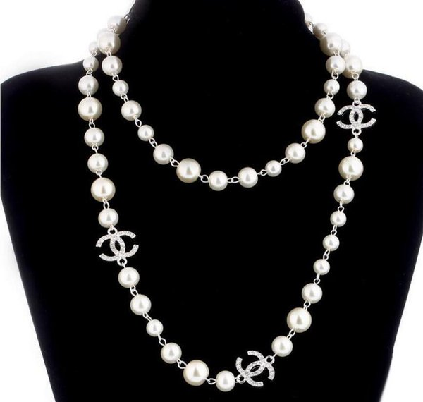 2019 New Long Sweater Chain Collar Maxi Necklace Simulated Pearl Flowers Necklace Women Fashion Jewelry Bijoux Femme Christmas Gifts