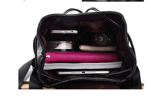 Zaino in pelle nuovo di alta qualità, versione coreana delle donne, borsa da viaggio per il tempo libero alla moda di viaggio Baotou pelle bovina di Guangzhou