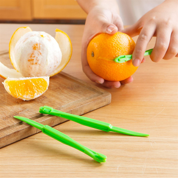 best selling 2019 new 15cm Long section Orange or Citrus Peeler Fruit Zesters Compact and practical kitchen tool